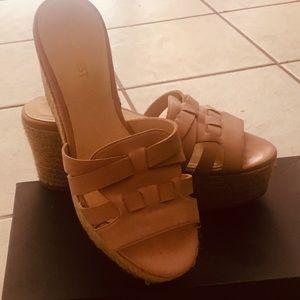 Platform straw/ faux leather straps sandals, sz. 7
